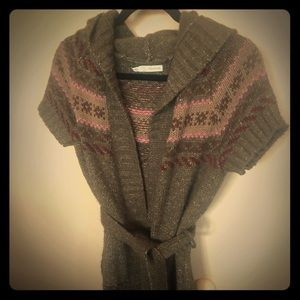 Short sleeve sweeter cardigan